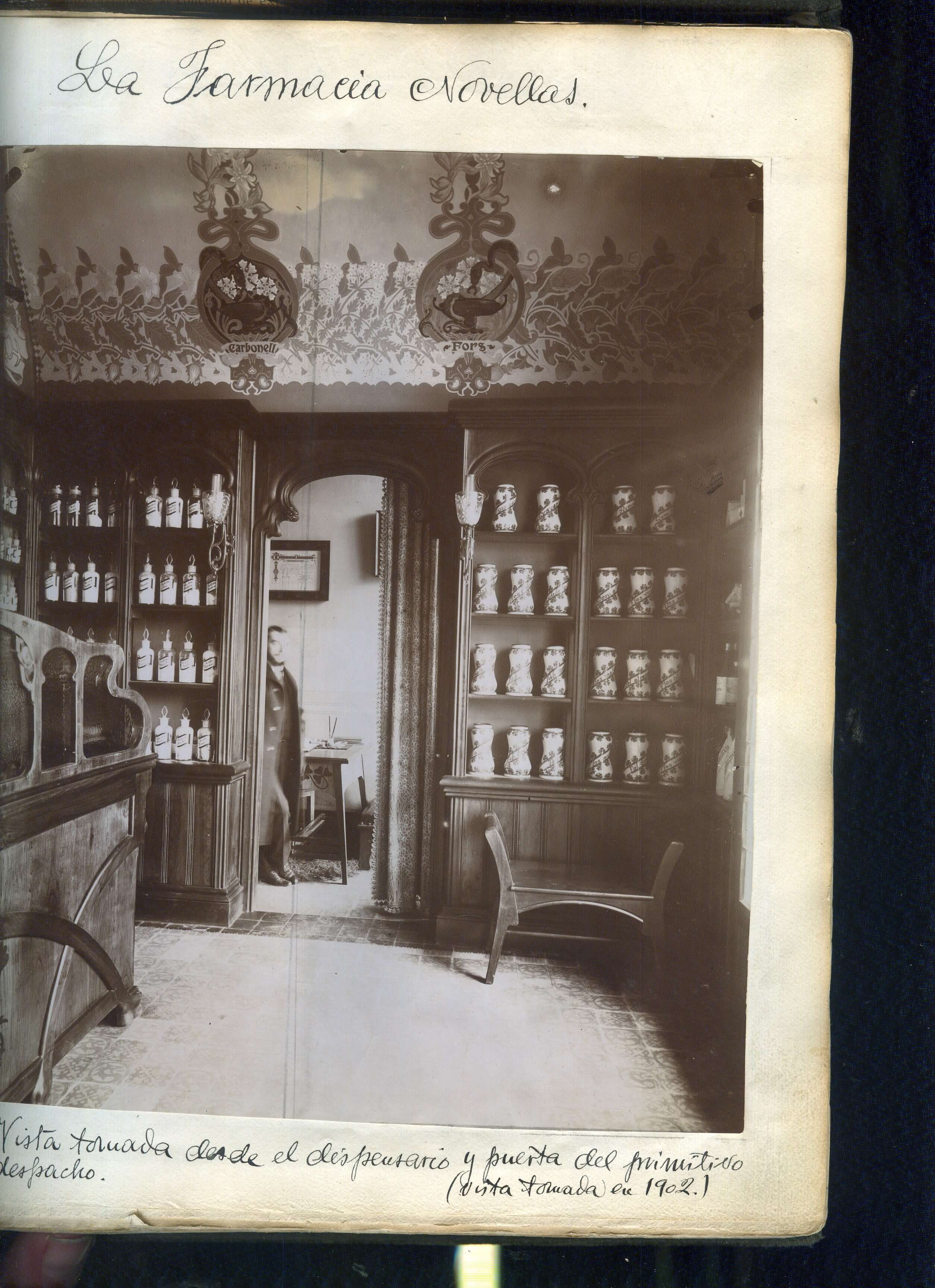 Farmacia Novellas - 1902